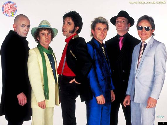 Q15 Which cappella vocal group topped the Christmas charts in 1983? The song was a cover version, for a bonus point who sang the original? The Flying Pickets, with Only You by Yazoo