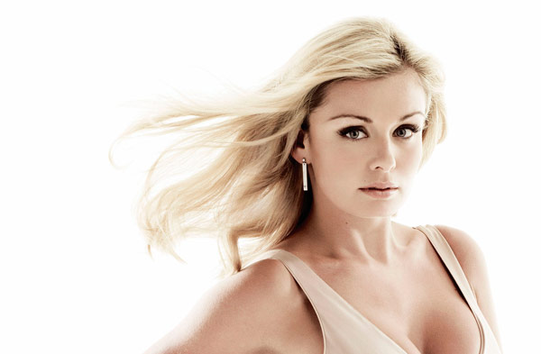Q20 Which former freelance singing teacher, London Eye tour guide and model from Neath became a popular classical-crossover singer in the mid 2000s, winning Album of the Year at the 2005 Classical BRIT Awards? Katherine Jenkins