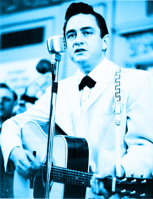 Q16 Who went to number 1 with A Boy Named Sue in 1969? Johnny Cash