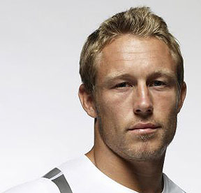 Q30 Who currently holds the record for scoring the most points in one Six Nations Rugby match? Jonny Wilkinson who scored 35 points in the England v Italy game in 2001