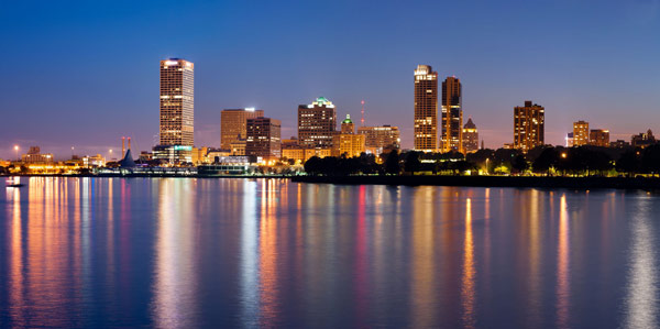 Q7 The city of Milwaukee sits on the shores of which great American Lake? And for a bonus point Milwaukee is in what state? Lake Michigan