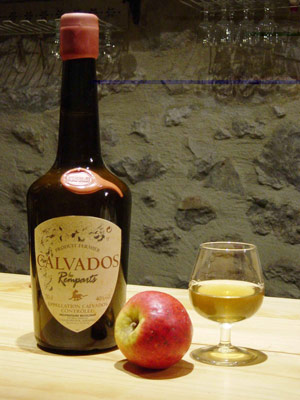 Q5 The Normandy Brandy Calvados is usually distilled from which fruit? Apples
