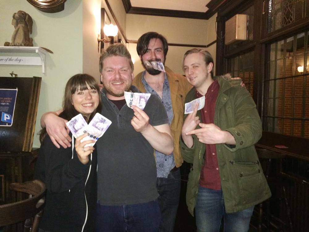 Our ex second in command Micky, back from Oz for a visit, celebrates winning the £102 Cash Prize with her team Rob, Jay and Sam