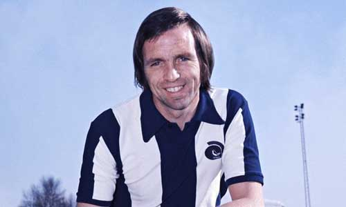 Q26 After appearing in the 1970 World Cup which England striker went on to run a successful West Midlands window cleaning business? Jeff Astle