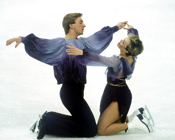 Q27 What was the title of the music that Torvill and Dean famously skated to when they won a Gold Medal in the 1984 Winter Olympics? Bolero