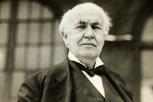 Q7 Which famous inventor was nicknamed The Wizard of Menlo Park? Thomas Edison