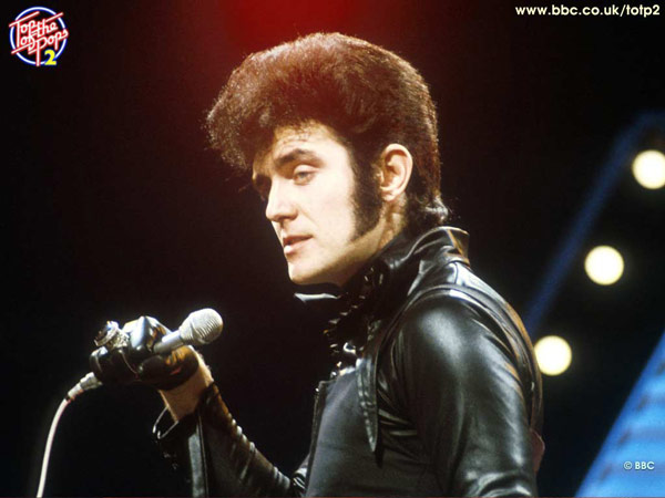 Q16. My Coo Ca Choo was a first chart hit in 1973 for which British singer sporting some serious sideburns? Alvin Stardust