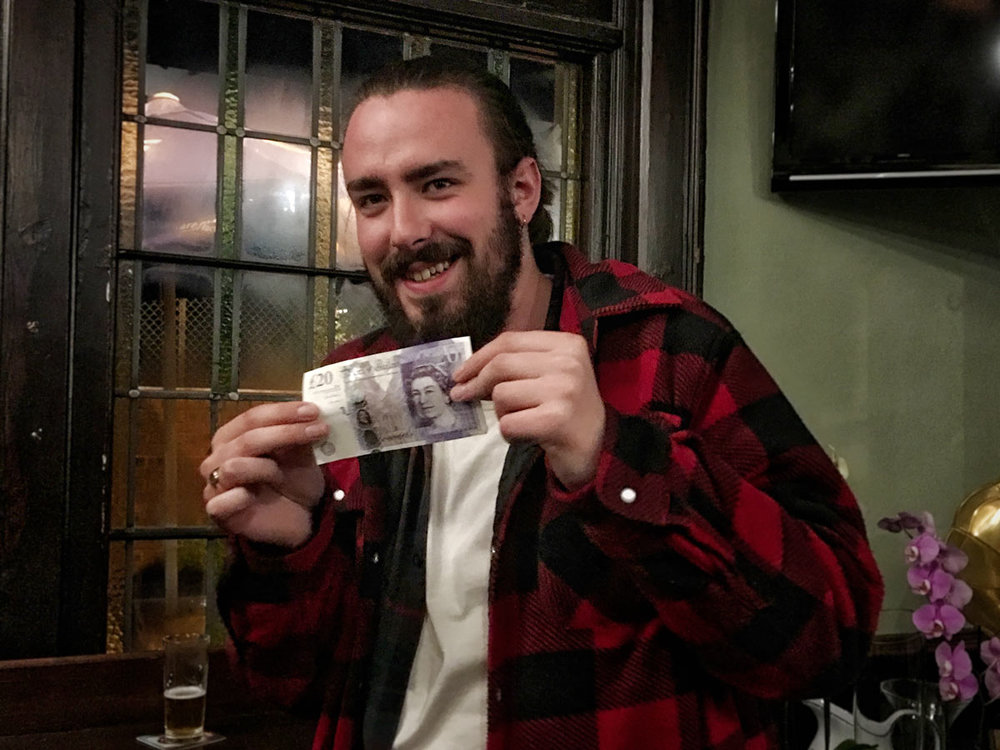 Jay's persistence eventually pays off with a £21 win in the Wild Card... eventually!