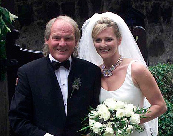 Q29. Who is TV Sport Presenter Gabby Logan's famous footballing father? Terry Yorath