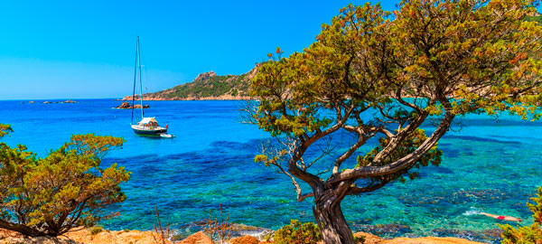 Q02. Which island in the Mediterranean lies directly to the north of Sardinia? Corsica