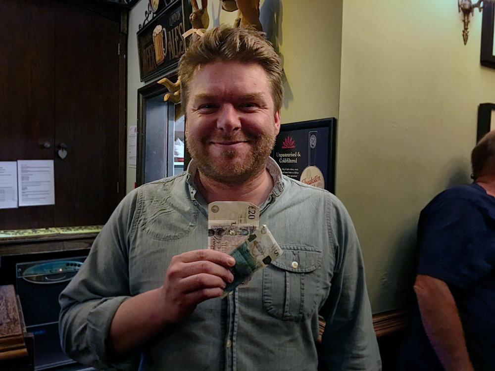 Yes, Rob was well chuffed! It had been a while since he'd scored for the Wild Card... so he was off down to Lynch after the Colly with £25 winnings burning a hole in his pocket.