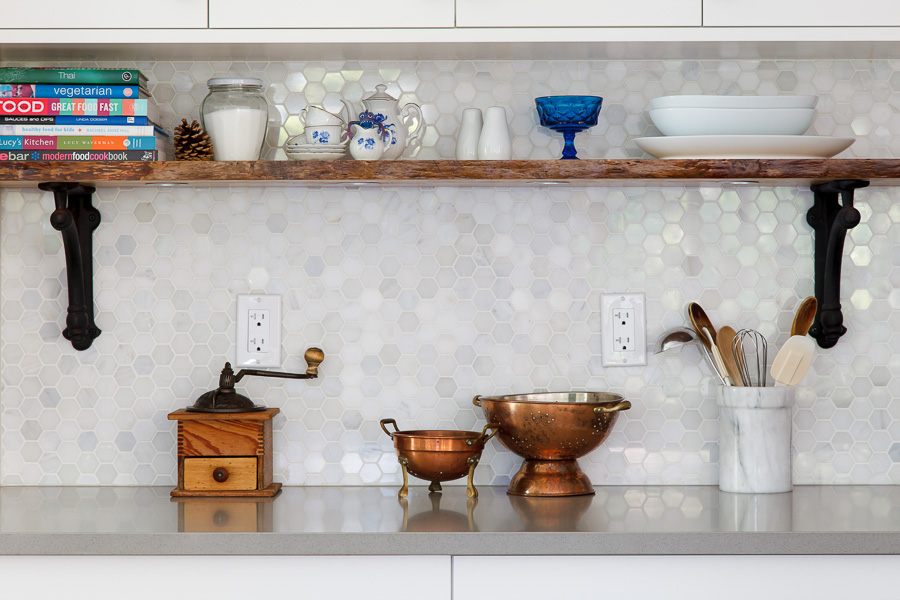 Kitchen: Backsplash/ Countertop Detail