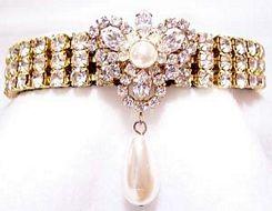 Diamond_Cat_Collar-Diamond_and_Pearl_Tiara_Fancy_Pet_Collar__red.jpg
