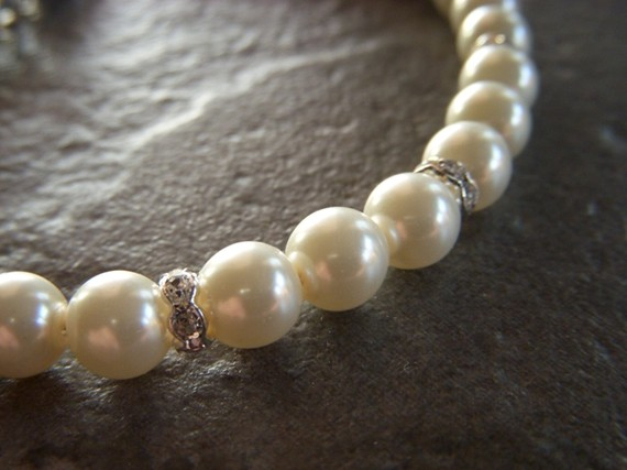 diamonds and pearls cat collar necklace.jpg
