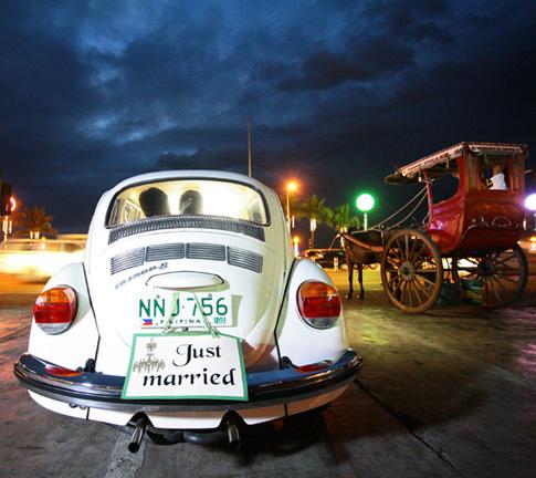 car-just-married.jpg