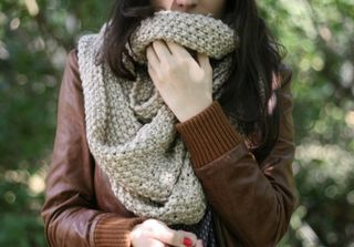 FALL AND SCARVES  PHOTO FROM RAMBLINGS OF A FAB BRUNETTE BLOG, MY 10 FAVOURITE THINGS ABOUT FALL; 5. SCARVES.