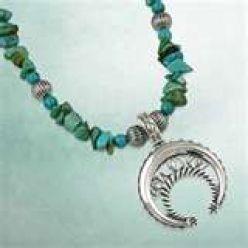 Naja Crescent Necklace