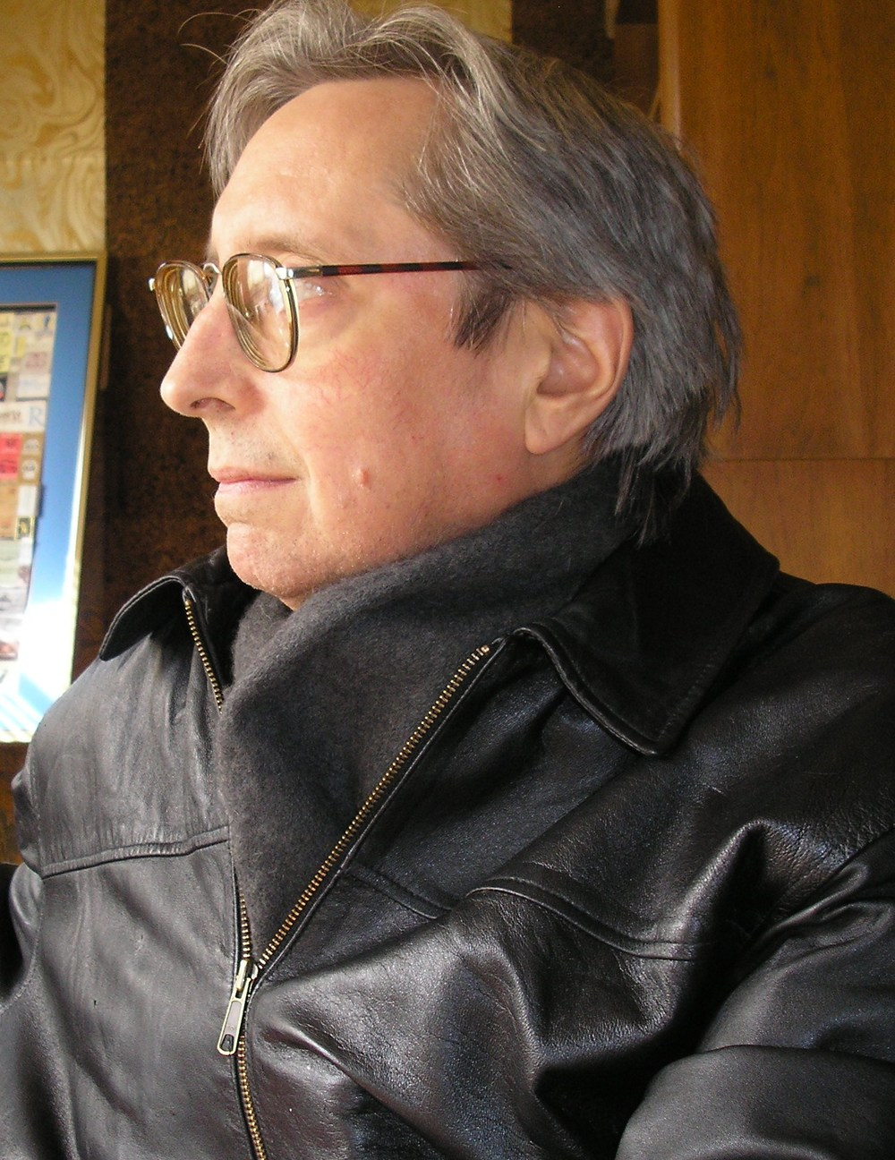 Writer, Director, Actor, Musician, Christopher Reilly: St. Louis based author and creative.