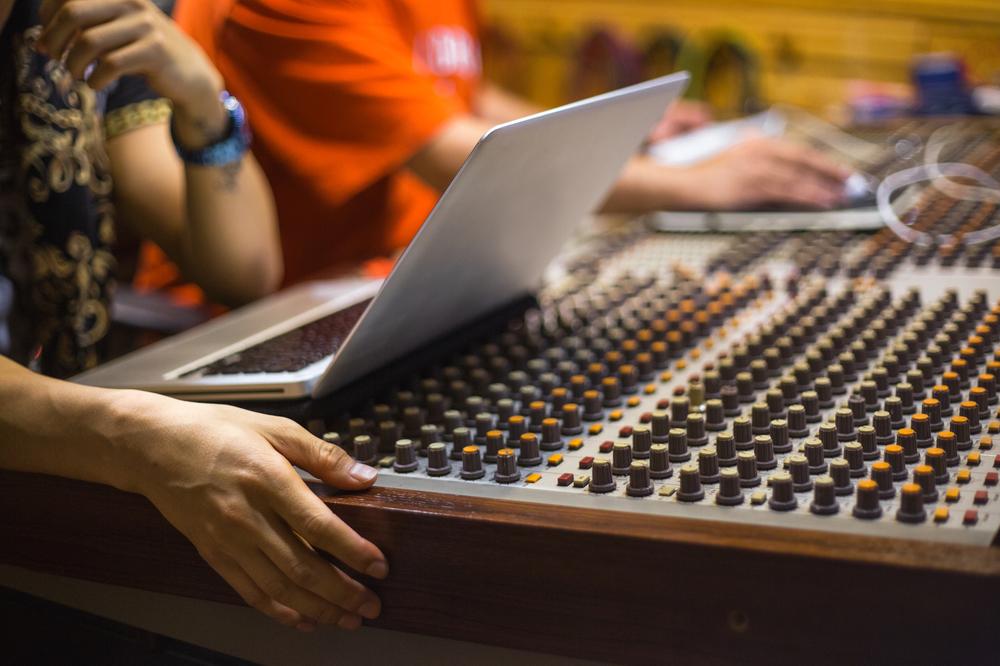 hardware_soundboard
