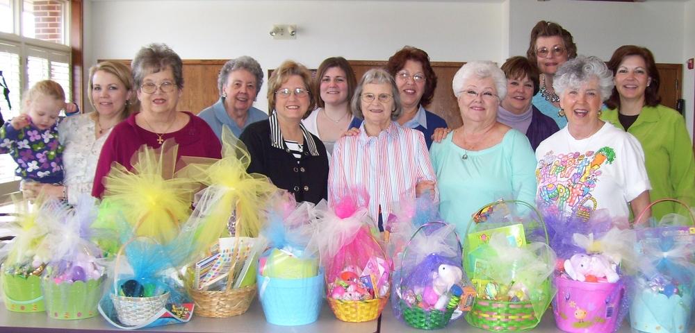 Easter Baskets 2010.jpg