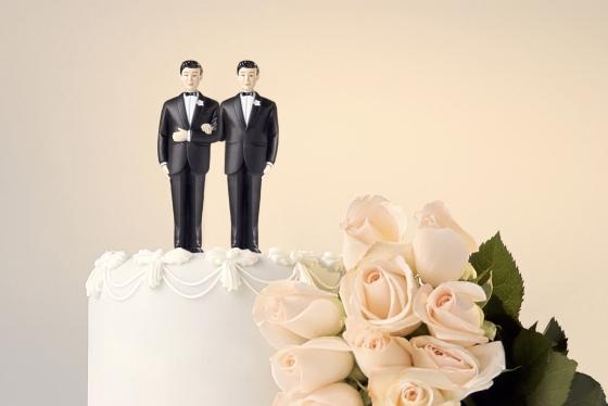 wedding cake thinkstock.jpg