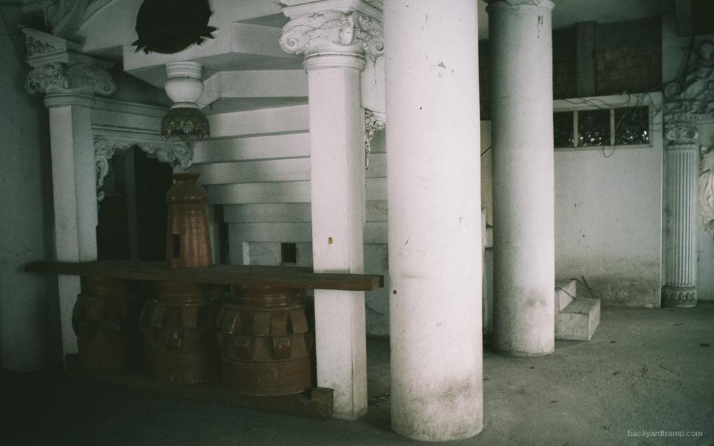 HauntedHouse-178018.jpg