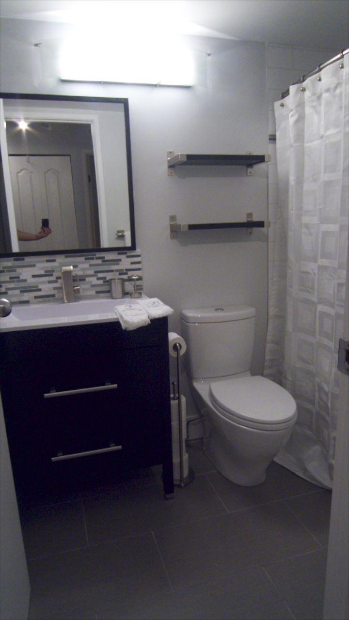 Bathroom  26260.jpg