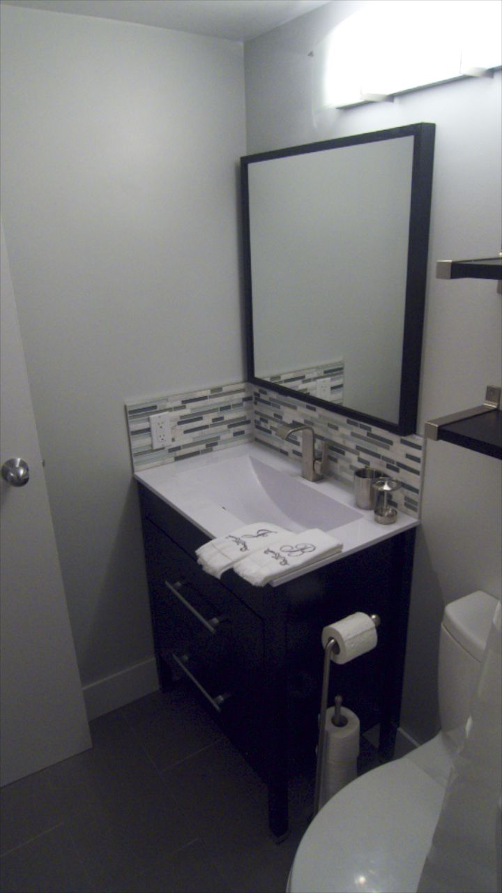 Bathroom  26258.jpg