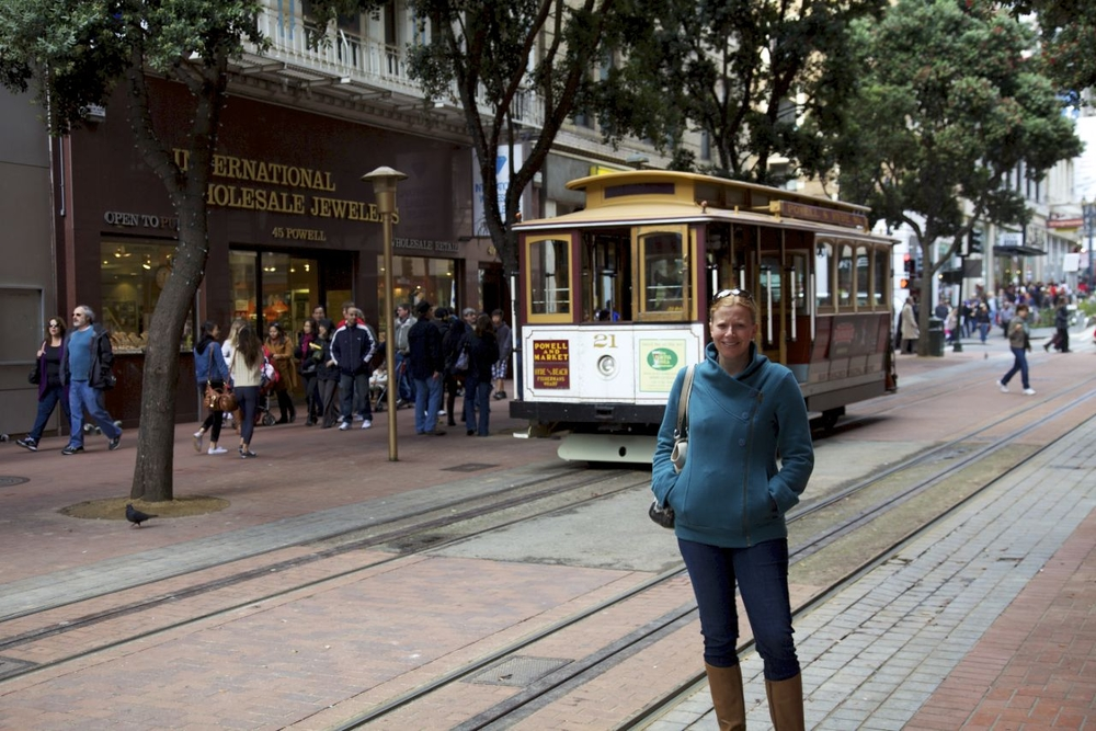 Justine posing in front of the famous street car.