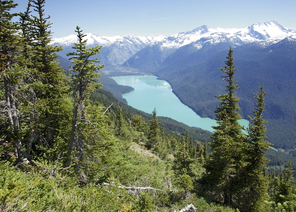Cheakamus Lake in nestled in the mountains.