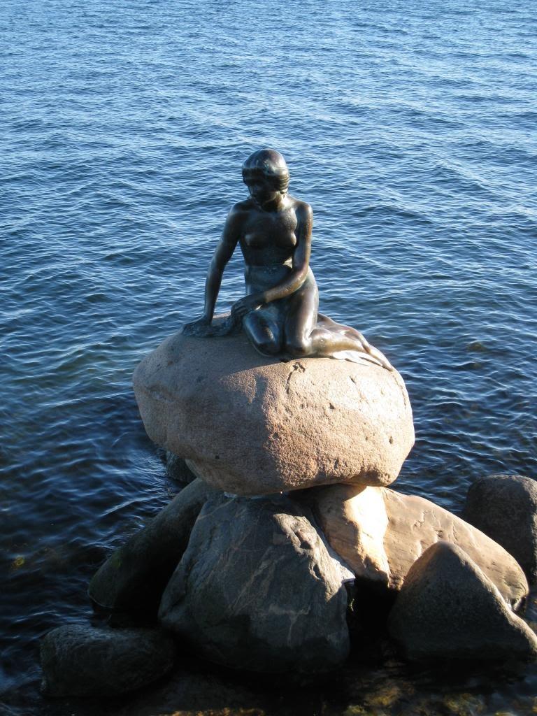 08Copenhagen_mermaid.JPG