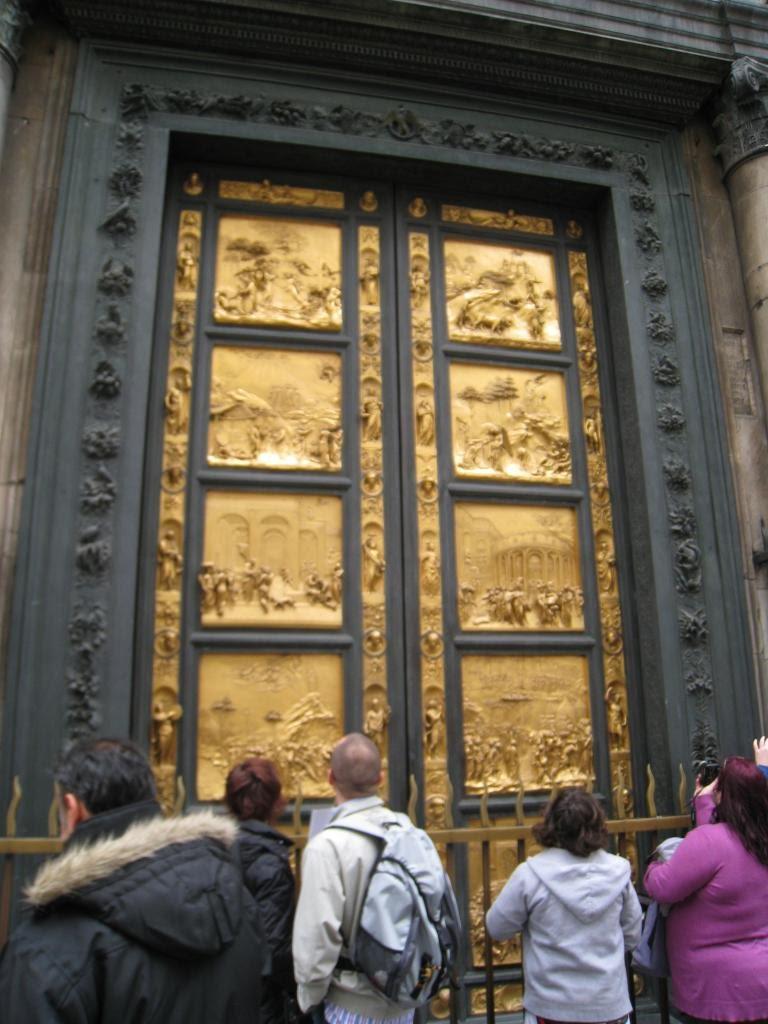08florence_doors.JPG