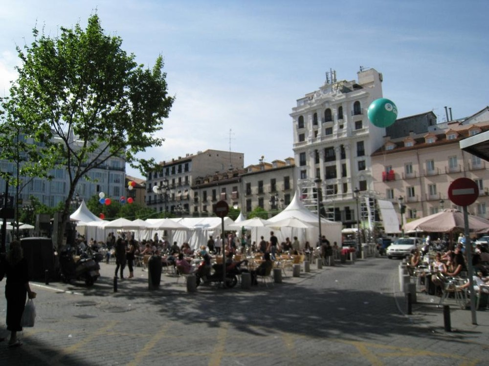Square in central Madrid;