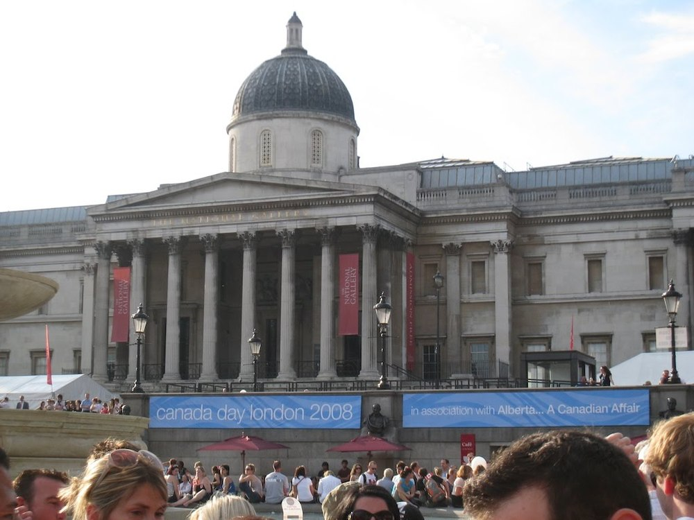 The National Gallery, swamped by Canadians