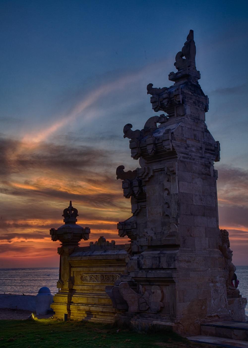 Bali  sunset HDR.jpg