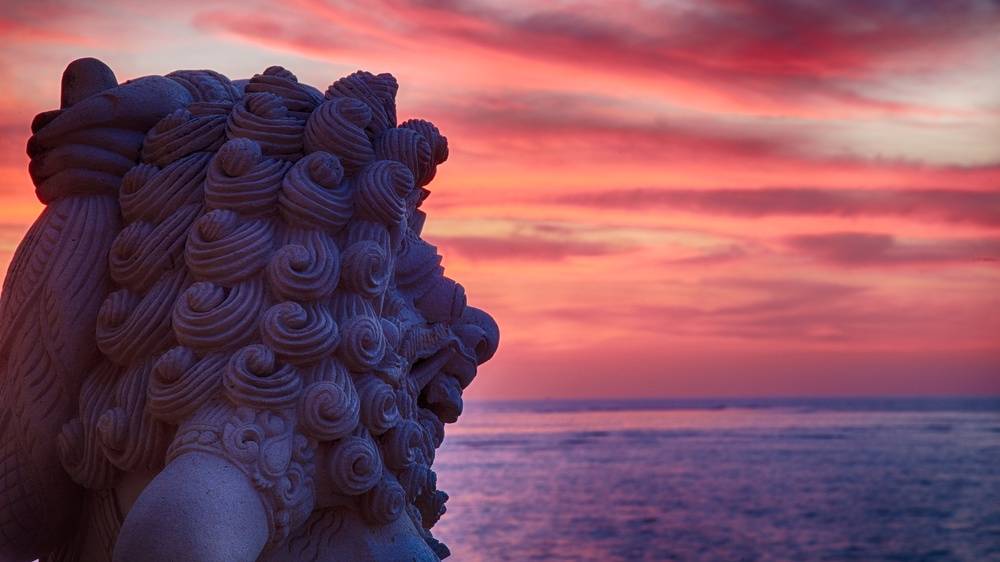 Bali  sunset statue.jpg