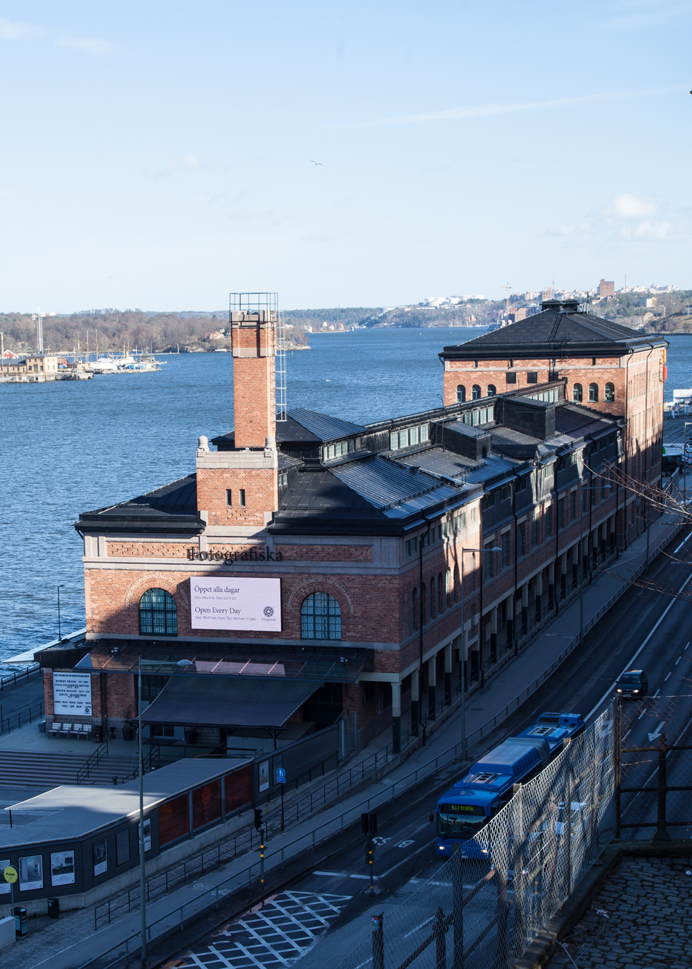The view down onto Fotografisksa.