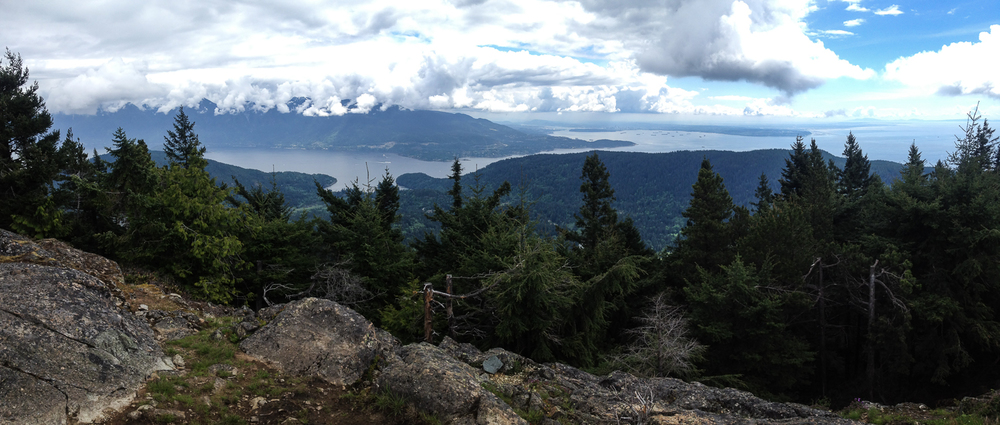 The view from Mount Gardner across to Horseshoe Bay, with Vancouver further in the background.