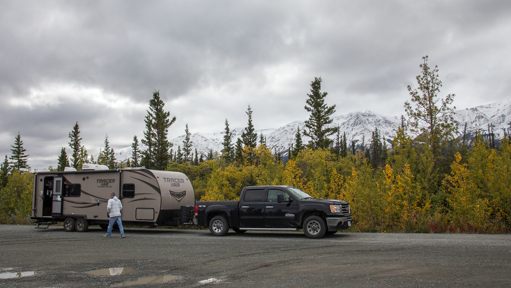 daves trailer kluane river