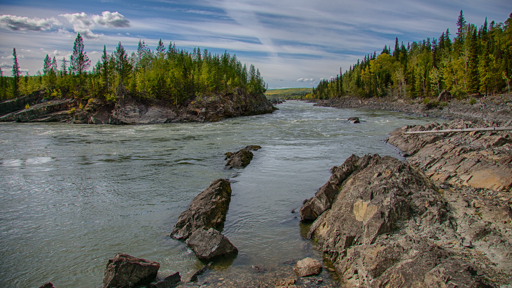 Yukon D15-33.jpg