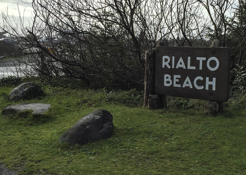 rialto beach sign