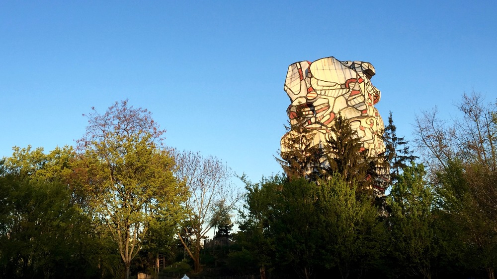 An interesting and massive sculpture in the park, when I was out for my run in Paris.