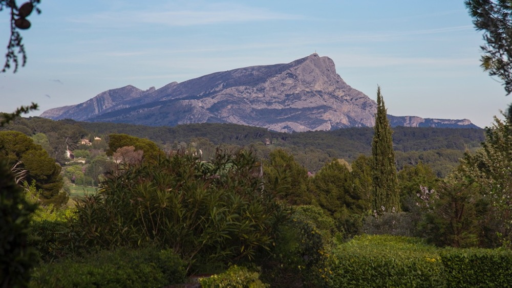 Mount Sainte-Victoire, in all it's glory.