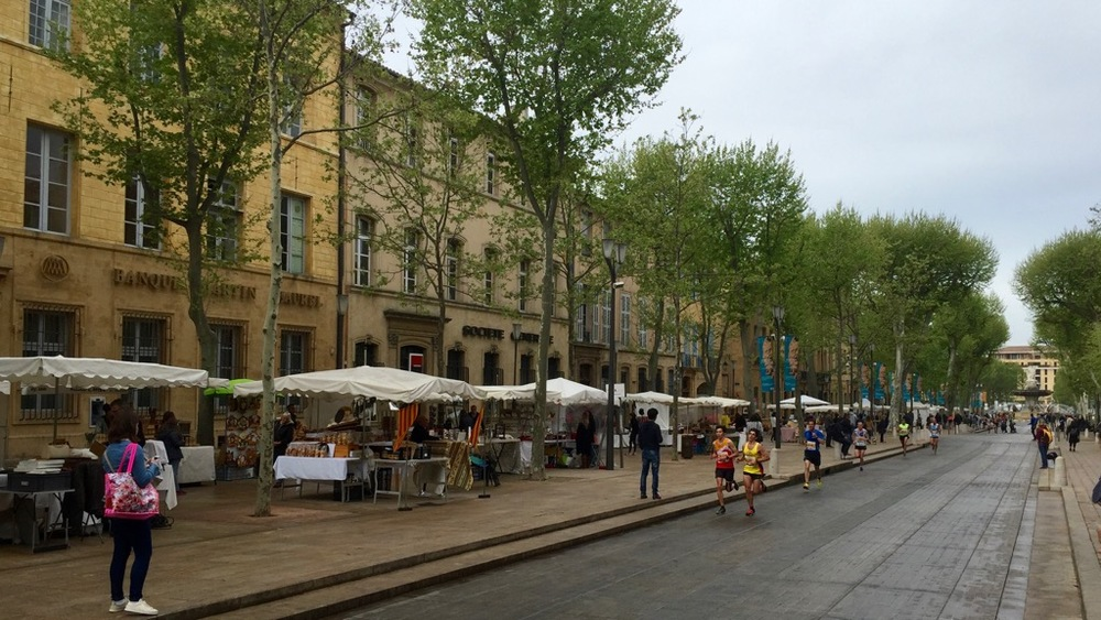 The vendor stalls all up and down Cours Mirabeau.