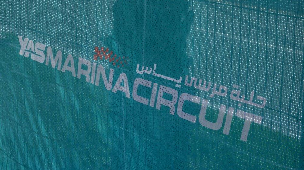 Abu Dhabi Grand Prix Pit Lane - 4.jpg