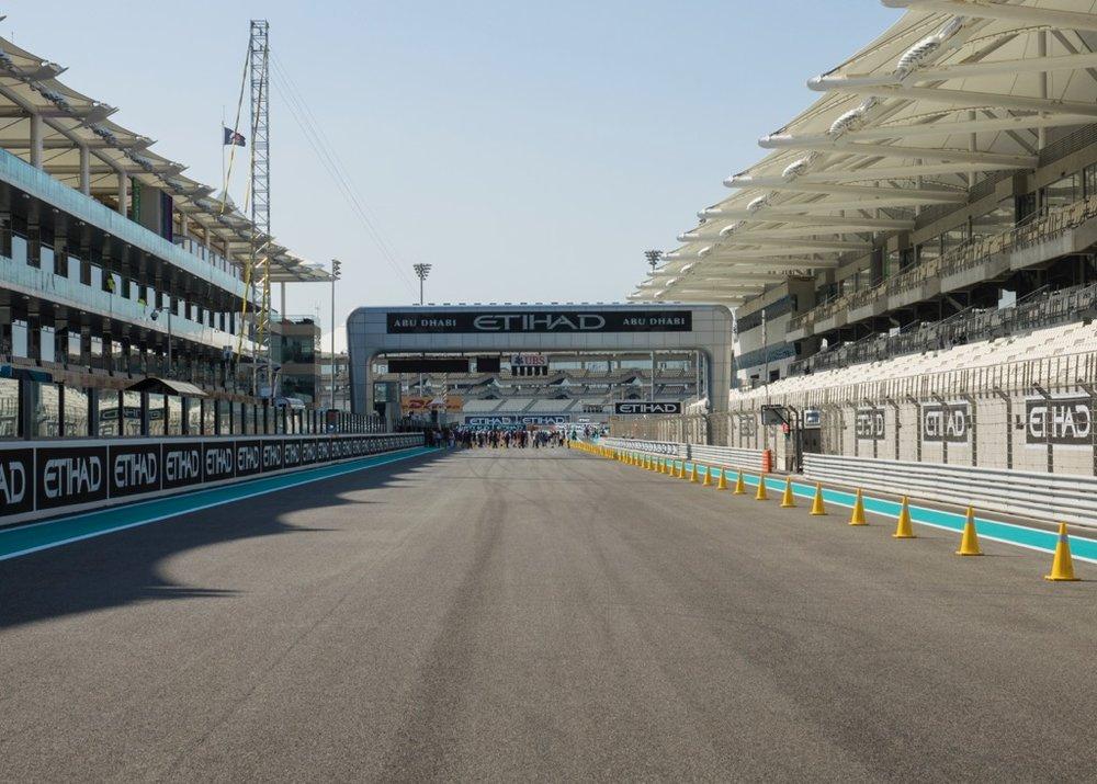Abu Dhabi Grand Prix Pit Lane - 11.jpg
