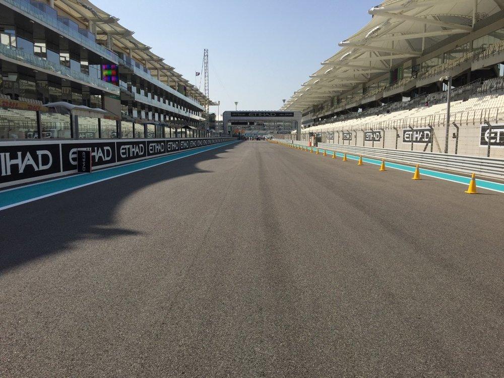 Abu Dhabi Grand Prix Pit Lane - 12.jpg
