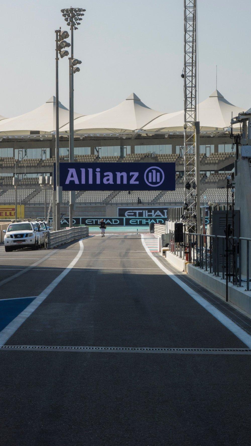 Abu Dhabi Grand Prix Pit Lane - 32.jpg