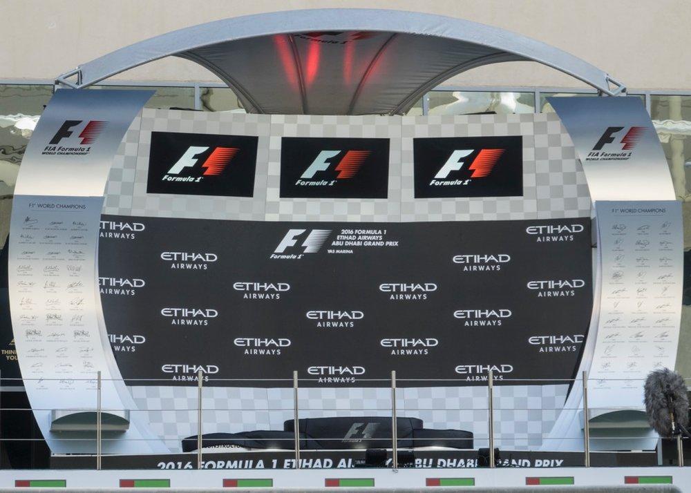 Abu Dhabi Grand Prix Pit Lane - 35.jpg