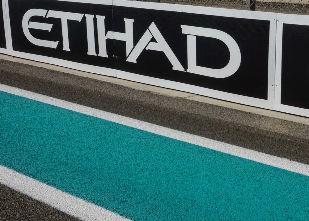 Abu Dhabi Grand Prix Pit Lane - 36.jpg